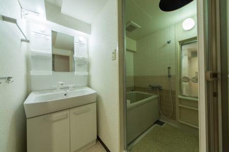 洗面・浴室(リノベーション前)