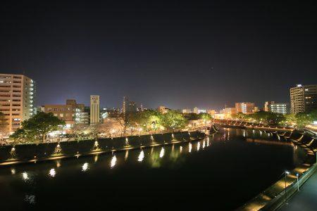 バルコニーからの夜の景色
