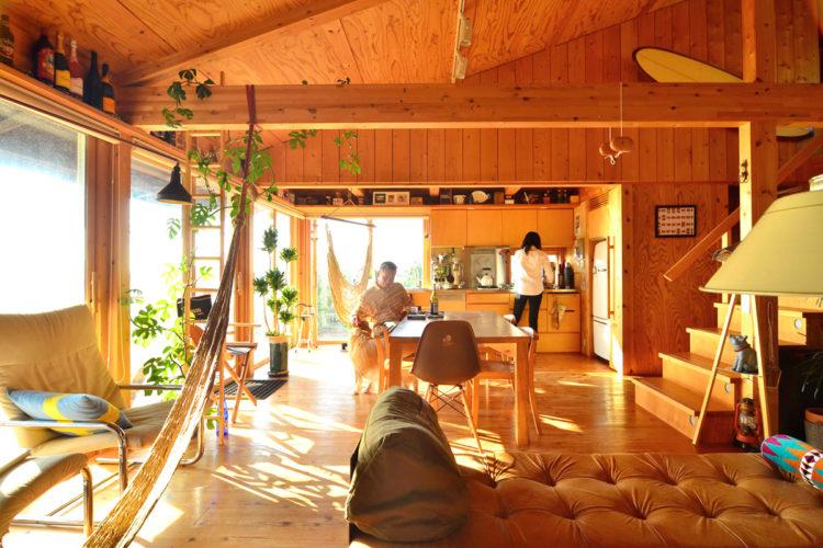 シンケンの家は、太陽熱で床暖房します
