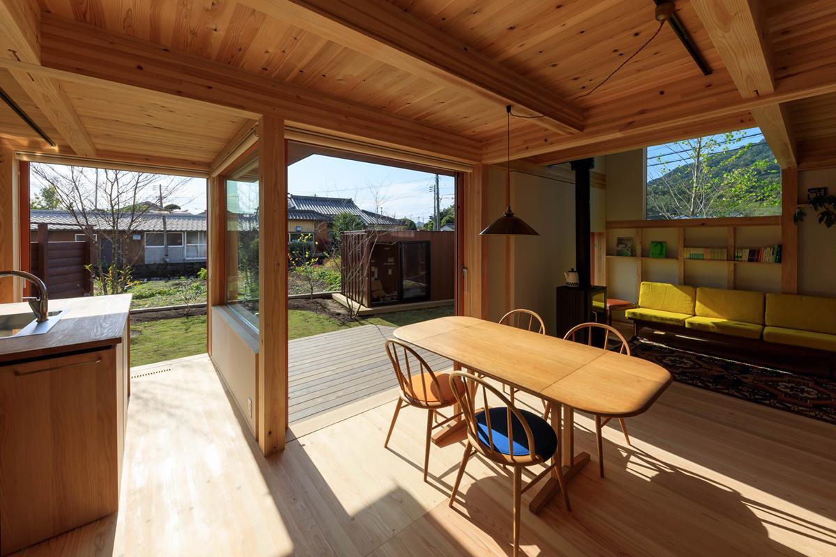 陽だまりのリビング・季節を愉しむ 情愛を育む家