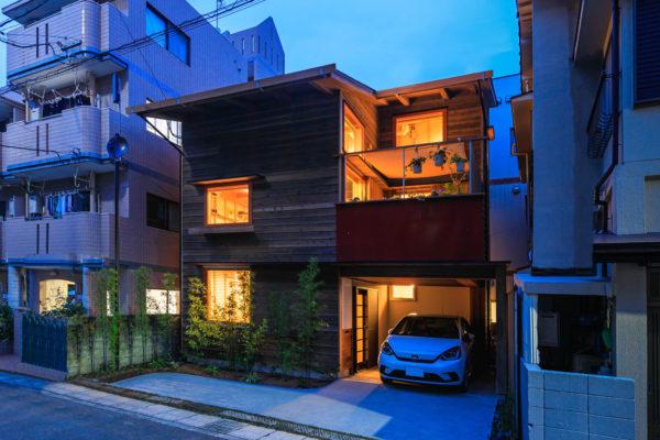 24坪に建つ居心地の家